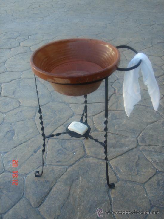 Palanganero o lavabo antig o de forja s xviii con su - Legua artesanos ...