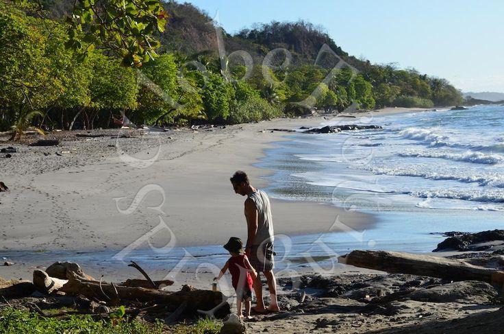 Ecco il mio diario di viaggio in Costa Rica, fatto a Marzo 2012 quando Gabriele aveva 3 anni. Un viaggio in auto che dalla costa caraibica ci ha portato sull'oceano pacifico attraversando foreste pluviali, vulcani e spiagge da sogno .... il tuttoorganizzato in stile