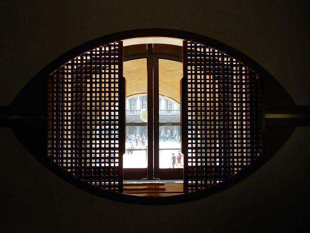 Carlo Scarpa - Olivetti Show Room - Venezia (by Fabrizio Pivari, via Flickr)