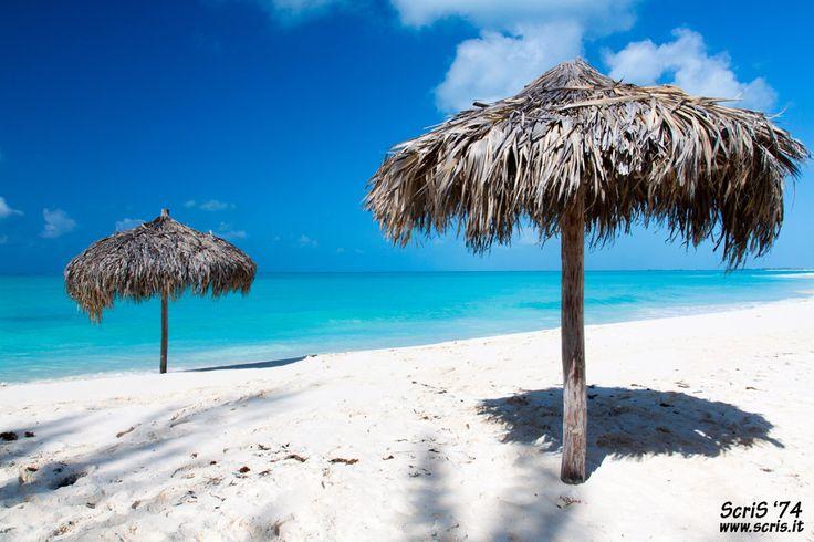 Cayo Largo Beach / Paradise Beach in Cayo Largo (#Cuba) (Foto: Cristian Santinon / Flickr)  https://www.facebook.com/CubanosGuru/