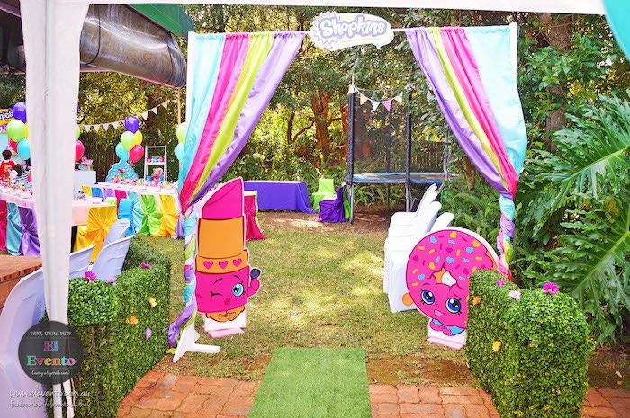 Party entrance from Trendy Shopkins Birthday Party at Kara's Party Ideas. See the whole party and more at karaspartyideas.com!