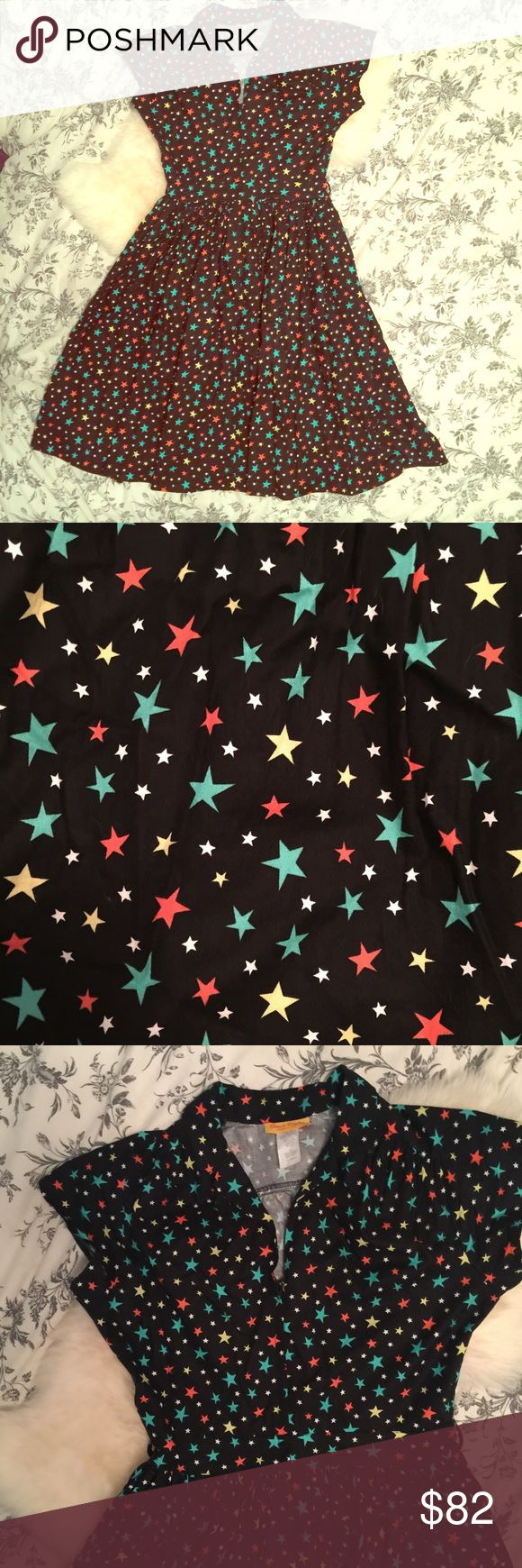 💫Bernie Dexter Star Collared Dress💫 Size medium Bernie Dexter star collared dress. Zip front with pretty colorful stars. Fit and flare midi length. Has belt loops but does not come with belt. Great condition, not ModCloth, just tagged for exposure. Open to reasonable offers. Xx Dresses Midi