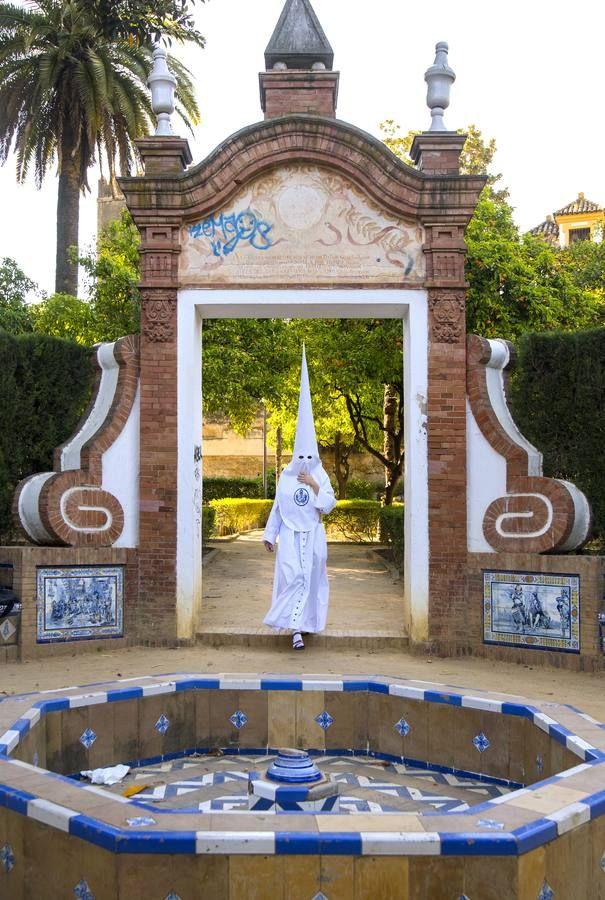 Las fotos de La Candelaria el Martes Santo de la Semana Santa de Sevilla 2017