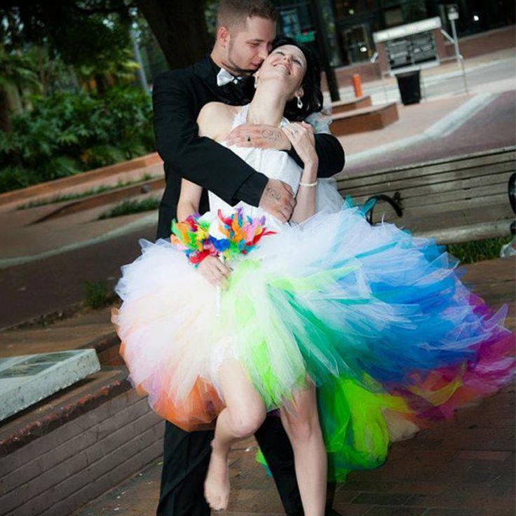 Стильный Радуга Цветные Свадебные Платья Короткие Передний Длинный Назад Свадебное Платье Холтер Узелок Свадебное Платье 2015