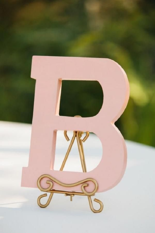 pink letter as wedding decor