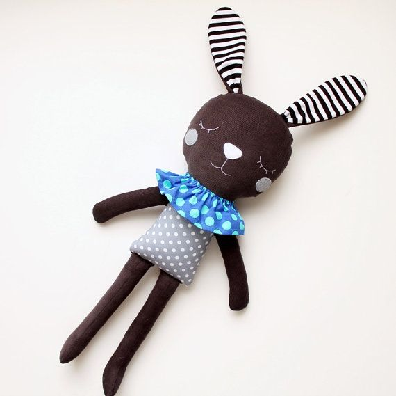♥ Hop, hop!... Here comes the gray bunny with black and white stripes! ♥    This lovely bunny is suitable for both children and for all those young at
