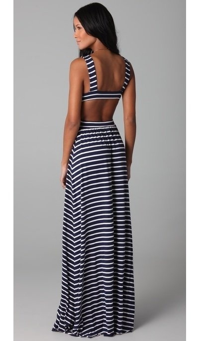 Maxi dress with cut out back