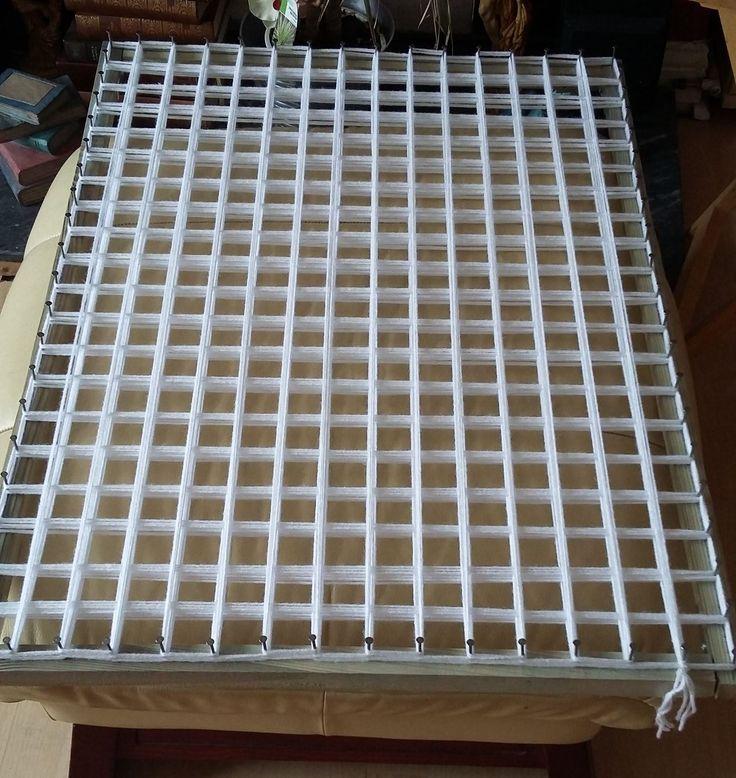 POM POM BLANKET LOOM - STEP BY STEP TUTORIAL PART 1 - how to make the lo...