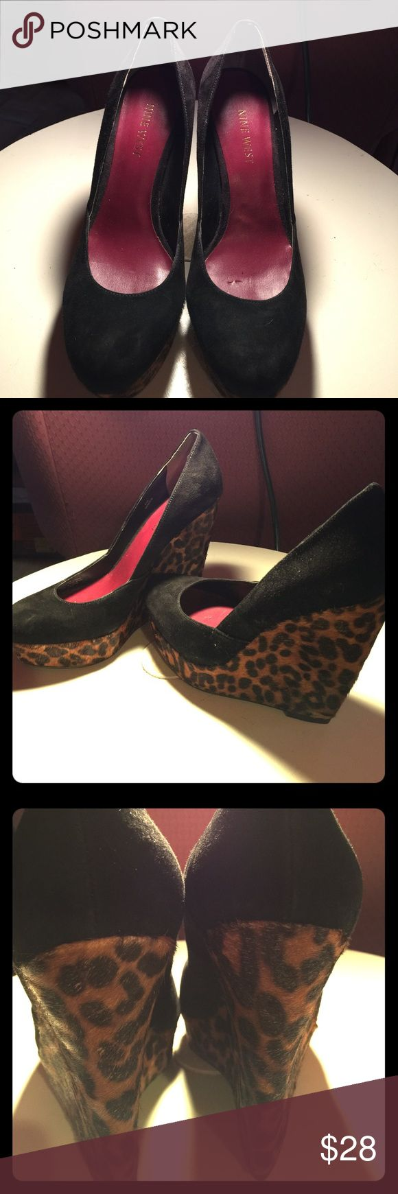 Women's size 61/2M NINE WEST black/leopard wedges Women's size 6 1/2 M black with leopard wedge heeled NINE WEST cute shoes. These shoes are quite unique in color and style. These gorgeous shoes would spice up an outfit. Any questions please feel free to contact me. Nine West Shoes Wedges