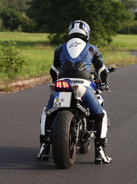 gay-motorcycle-rider