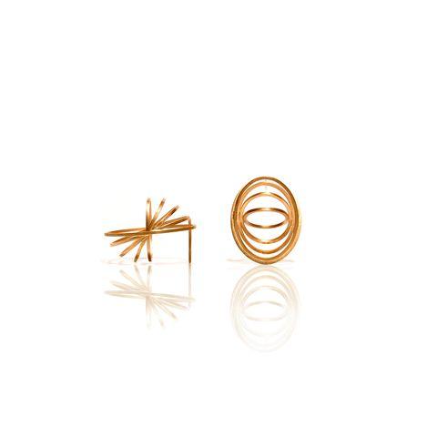 Cuddle Earrings by Romeu Bettencourt #earrings #golden silver earrings #contemporary design earrings
