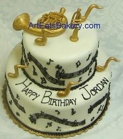 Musical food. HahaFrench Horns, Kids Birthday Cake, Music Theme, Cake Ideas, Cake Decor, Parties Ideas, Music Cake, Wedding Cake Design, Birthday Cakes