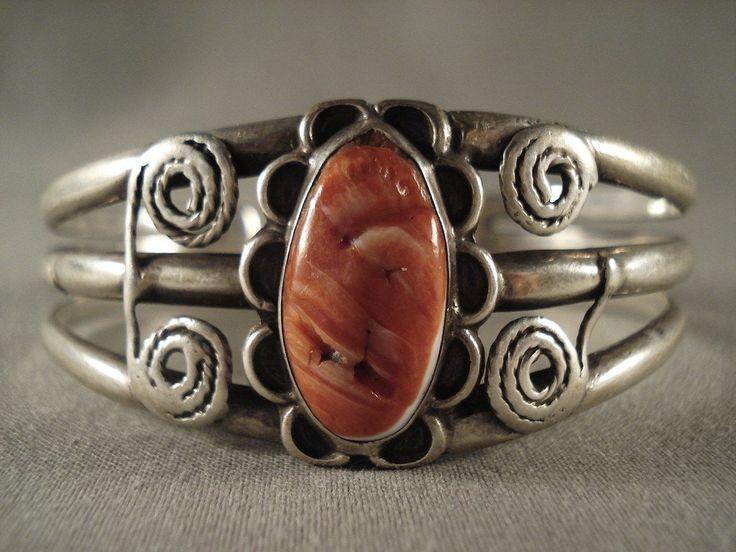 Very Old Navajo Spiny Oyster Silver Ingot Bracelet