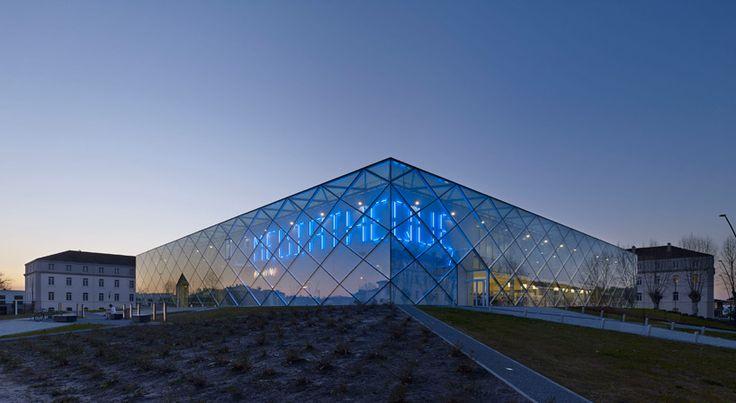 archi5 shapes reflective mont de marsan mediatheque