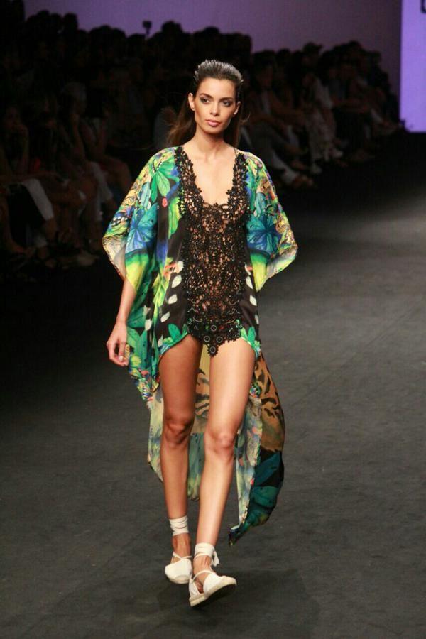 GC Moda Cálida (@GCModaCalida) | Diversión con piezas auténticas de @aguabenditasw para expresarse en tiempo de playa y sol #GCMC #moda #fashion