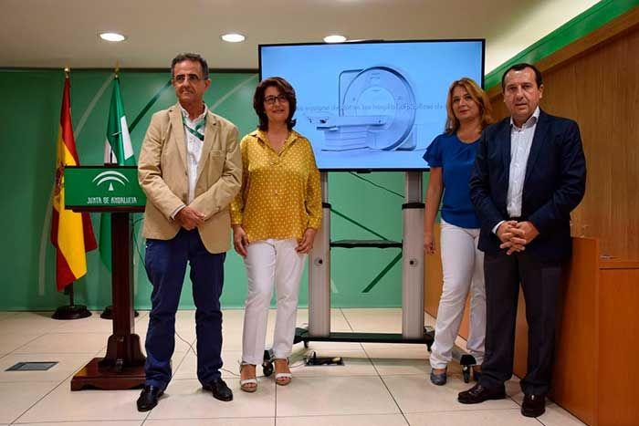 El Servicio Andaluz de Salud invierte en Málaga más de siete millones de euros en esta tecnología que permitirá realizar estudios avanzados de Neurología, Cardiología y Oncología, entre otros.      El Servicio Andaluz de Salud (SAS) ha invertido un total de 7.599.234 euros euros en la adquisición y equipamiento de cinco nuevos equipos de resonancia magnética de alto campo de 1.   #axarquia #hospital #noticias