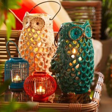 These ceramic owl candle holders are perfect for the patio! Pair them with other coloured outdoor accessories or keep it simple with white.