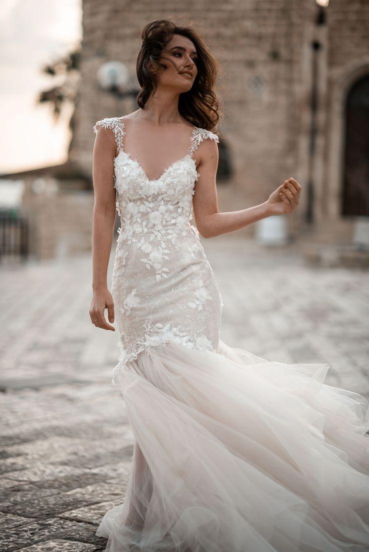 Martha Make A Scene Bridal Dresses Galia Lahav Bridal Dresses Affordable Wedding Dresses Wedding Dresses [ 1102 x 736 Pixel ]