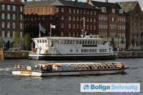 Havnegade 31, 1058 København K - Danmarks flotteste husbåd sælges. #husbåd #kbh #københavn #selvsalg #boligsalg #boligdk