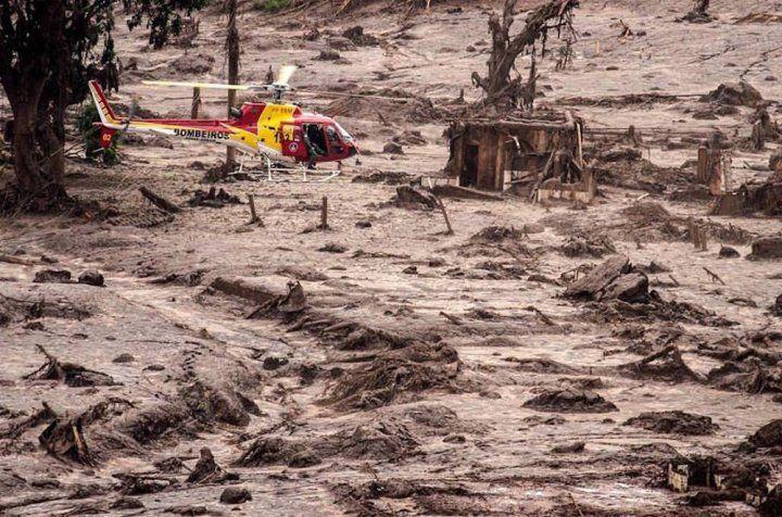 L'ampleur de cette catastrophe environnementale de résidus toxiques, entraînant ainsi une pollution du sol, des rivières et du système de distribution d'eau sur 850 kilomètres, selon le…