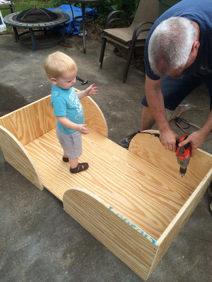Easy DIY Toddler Bed