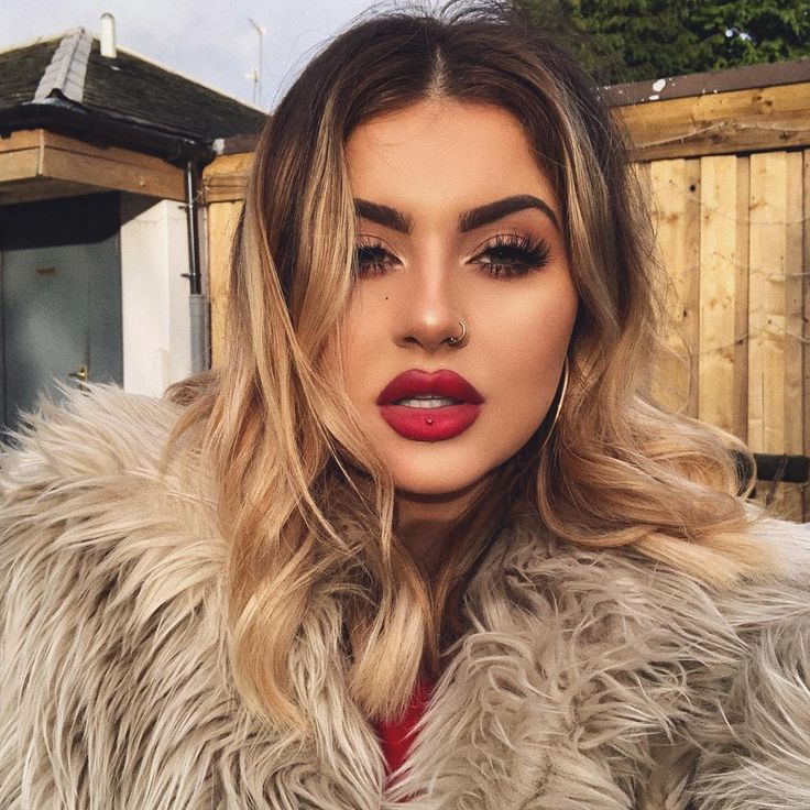 "74k Likes, 315 Comments - JAMIE GENEVIEVE (@jamiegenevieve) on Instagram: ""If Mrs Claus was a baddie . @maccosmetics X @patrickstarrr patrick woo lipstick (love this red)…"""