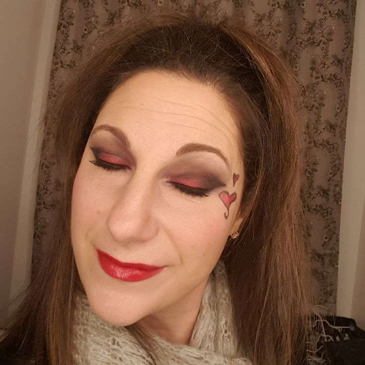 valentines inspired makeup. Black and red eyeshadow.  Dare. Click on image