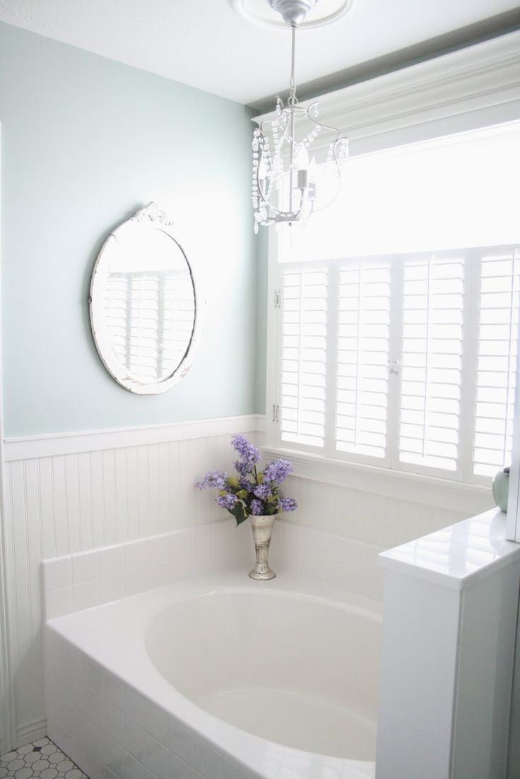 Master Bath - I like the shutter blinds