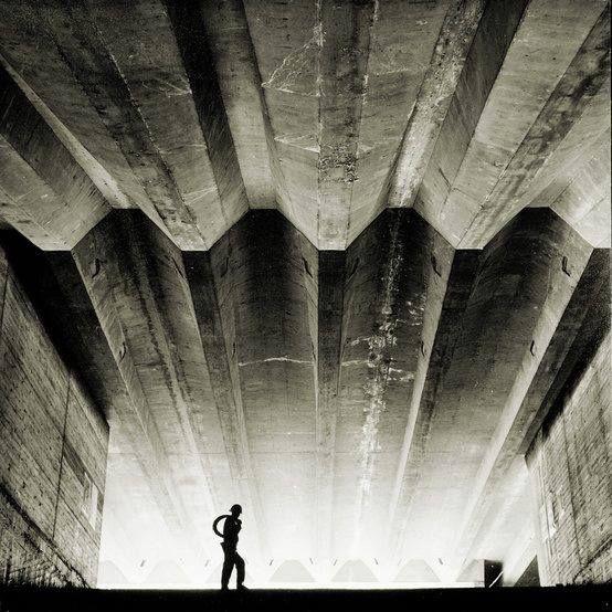 #SydneyOperaHouse under construction by #JørnUtzon. Photography by #MaxDupain, 1962.