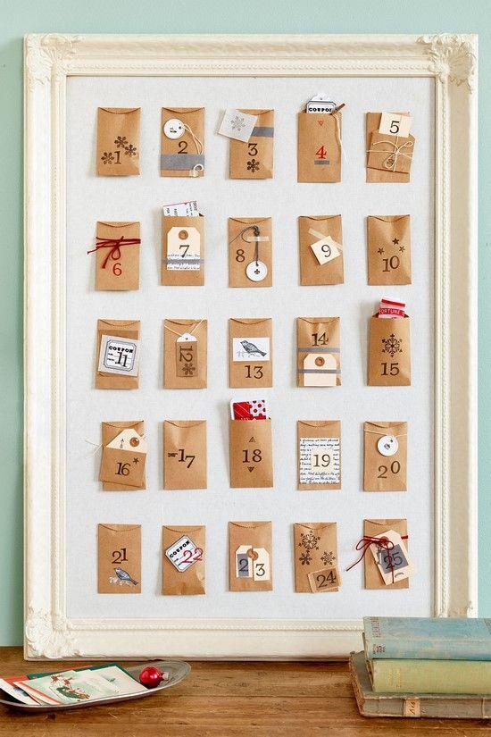 ¿Quieres empezar a preparar adornos navideños caseros para el hogar? En la entrada de hoy te presentamos 25 adornos navideños hechos con manualidades para que puedas decorar tu casa sin tener que gastarte un pastizal en decoraciones. ¡Vamos a verlo!1. Adornos navideños caseros hecha con...