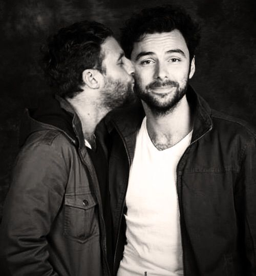 Dean O'Gorman and Aidan Turner... My favorite part of The Hobbit movies! A Kiwi and an Irishman, but they act like real life brothers/besties. I love them!