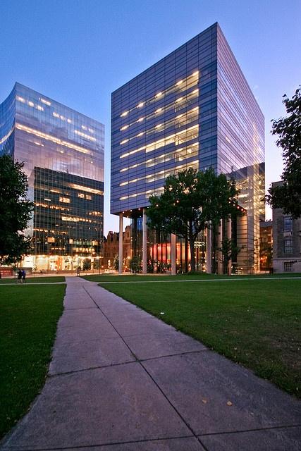 Leslie L. Dan Pharmacy Building - University of Toronto - Norman Foster & Partners,