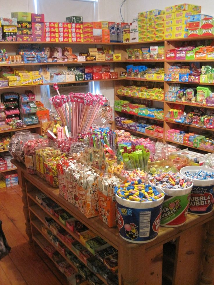 Old-Fashioned Candy Store | ... Nantucket Island has *always* had a wonderful 'penny candy' store