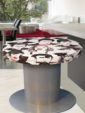 Pouf tavolino giovane e colorato adattabiloe ad ogni ambiente  www.ludesignhome.com