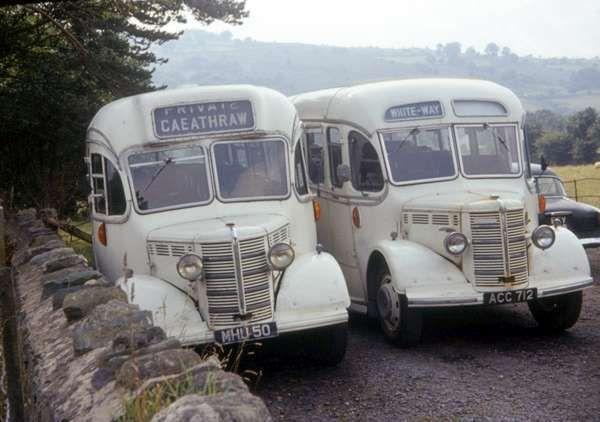 Whiteways Bedford OB's/Duple