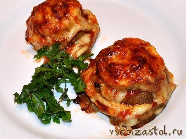 Печеные баклажаны с грибами и сыром