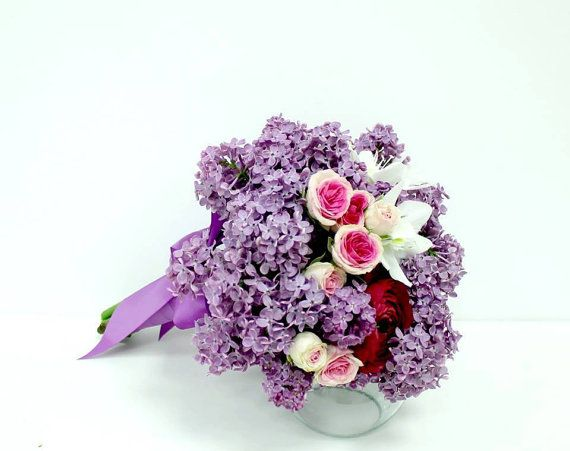 Buchet de Mireasa. Liliac mov. Eucaris Alb by JuliasRoseShop