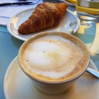Enjoy espresso, cappuccino & fresh pastry as you get the best travel tips in Rome on our