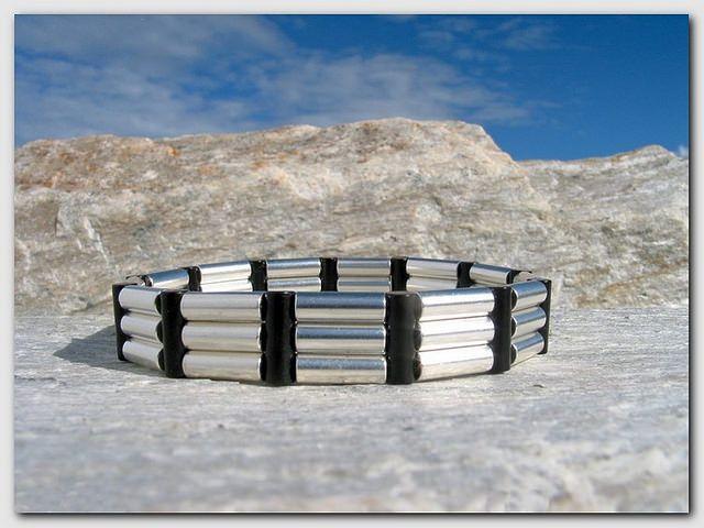 Magnetarmbånd - Modell #10 - www.magnethelse.no