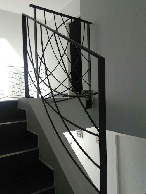 les 17 meilleures images du tableau escalier sur pinterest escaliers rampes et recherche. Black Bedroom Furniture Sets. Home Design Ideas
