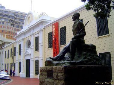 Church Square and the Slave Lodge - Cape Town Tourism