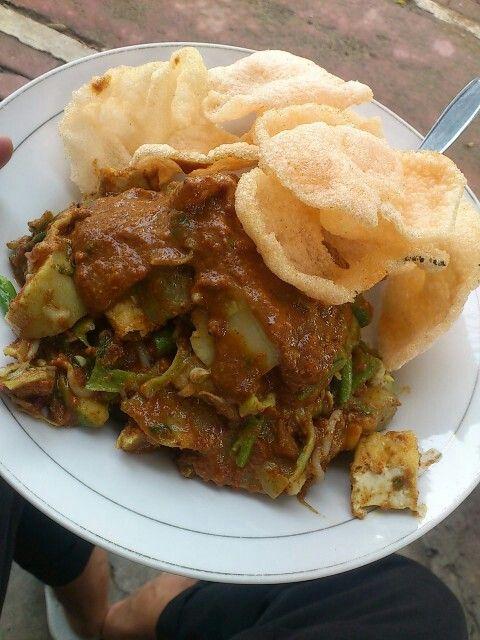 Gado-gado, Jakarta's traditional salad. #gado-gado. #salad. #cuisine. #food #indonesia #jakarta #traditional