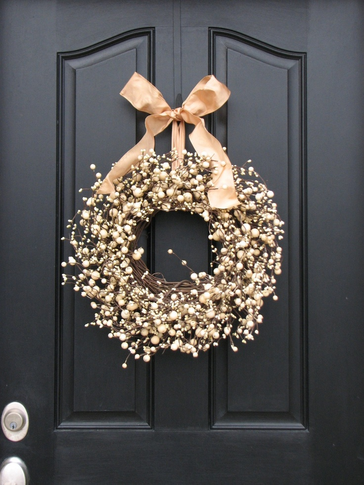 NEW YEAR - Champagne Berries Wreath for the New Year Celebration