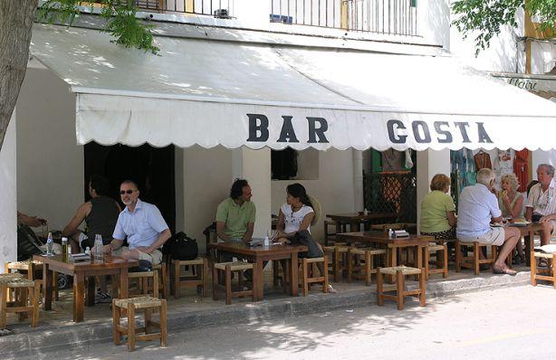 Bar Costa / Plaça de l'Esglèsia, Santa Gertrudis de Fruitera / Illes Balears / Spain