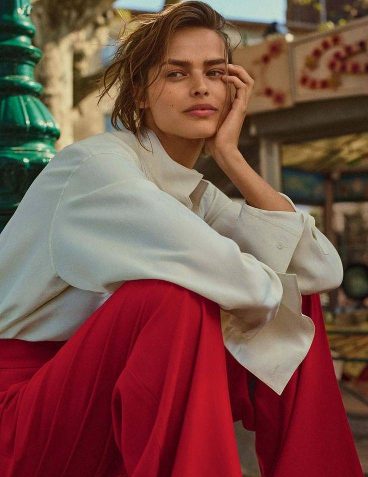 Photography:Gregory Harris.Styled by: Verity Parker. Hair: Shon. Makeup: Lynsey Alexander. Models:Grace Elizabeth & Birgit Kos.