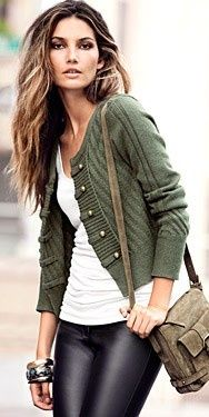 Love the leather: Green Sweater, Fashion, Style, Outfit, Leather Pants, Leather Leggings, Hair Color, Fall Winter, Green Cardigan