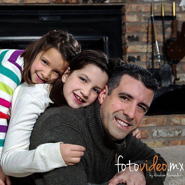 Fotos de Familia, navidad, photoshoot navideño, fotos de navidad, famlia en navidad, christmas, christmas photoshoot‹ fotovideo.mx