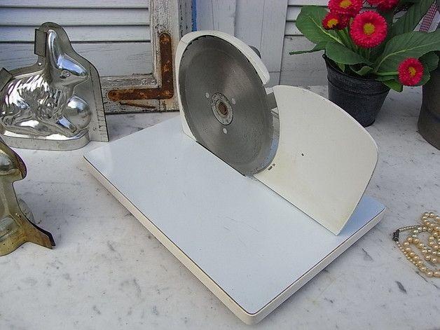 Vintage Küchengeräte - Design mid century KYM Brotmaschine Brotschneider - ein Designerstück von artdecoundso bei DaWanda