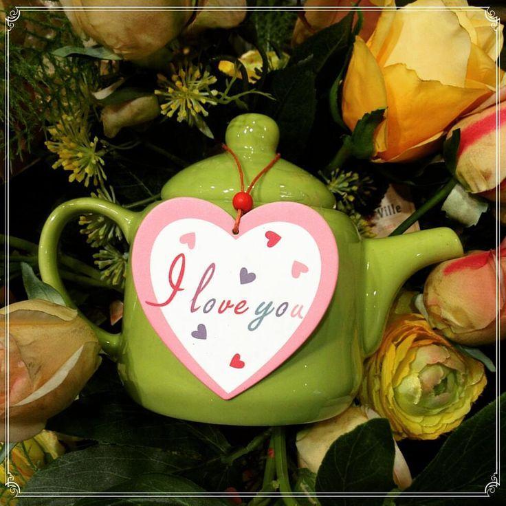 A little sign, a short sentence - I love you moments
