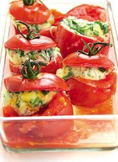 Рецепты для микроволновки: омлет в помидоре